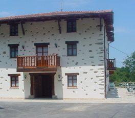 La Casa Rural Madariaga es un alojamiento Nekatur ubicado en Artea (Bizkaia – Euskadi).